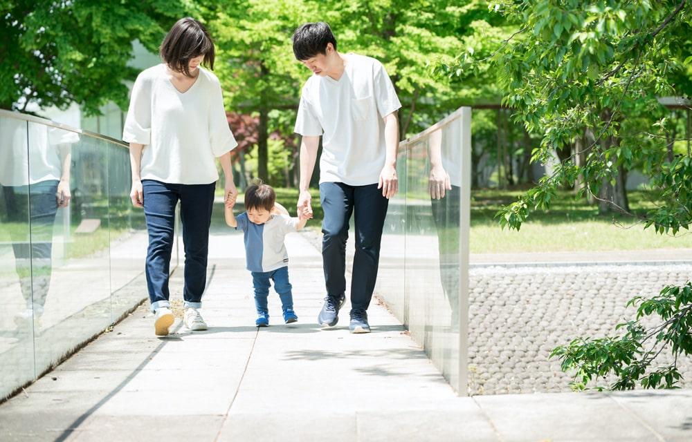 子育て家庭に対する積極的な経済支援の拡充!